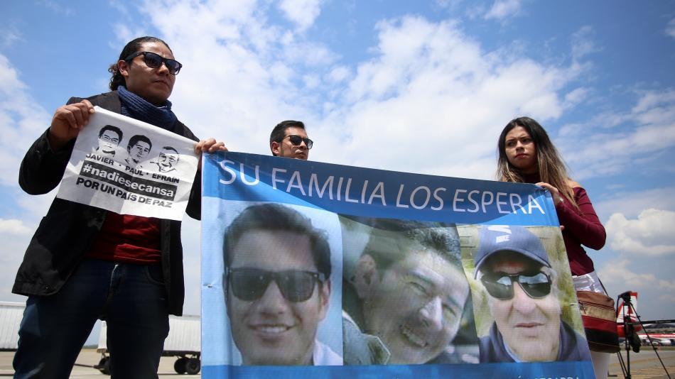 familaires de periodistas ecuatorianos