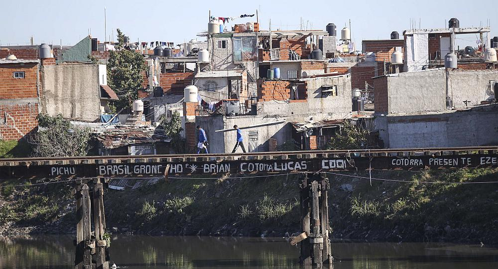 Las dudosas cifras oficiales sobre la pobreza en Argentina
