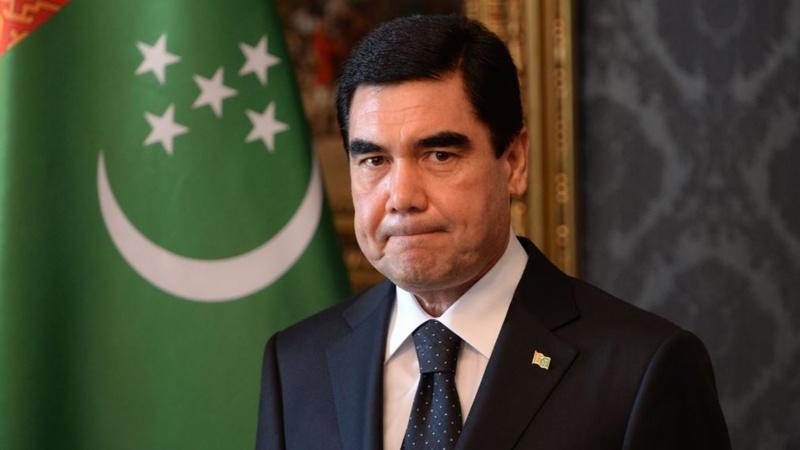 ¡Gobierno prohibe uso de carros negros! Es una realidad en Turkmenistán