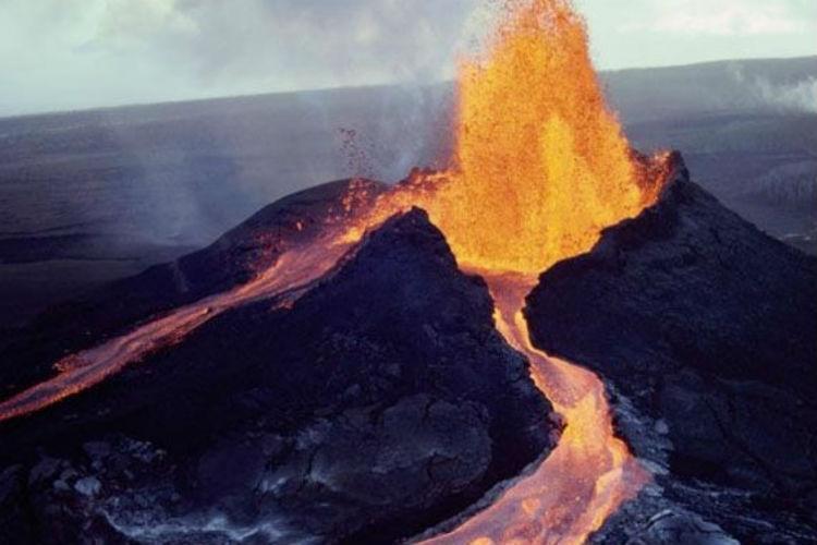 ¡PÁNICO! Al temblar por segunda vez cerca del volcán Kilauea