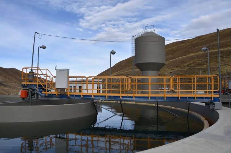 Bolivia celebra 12 años de la nacionalización de sus empresas hidrológicas