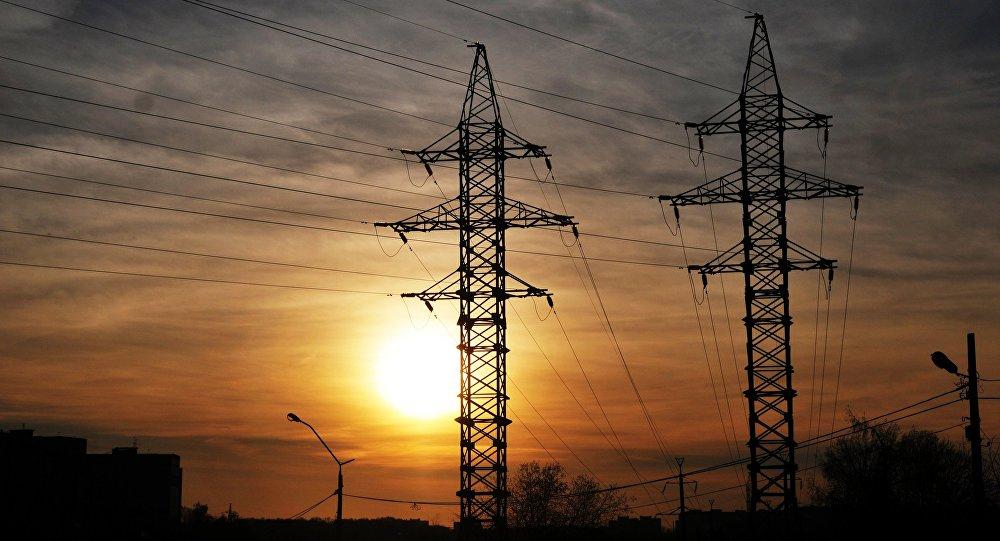 Bolivia construye una línea de transmisión de energía eléctrica hacia Argentina