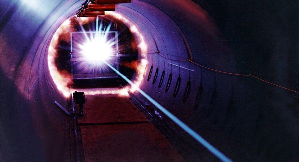 Turquía crea un súper láser que atraviesa blindaje de acero de 22 milímetros