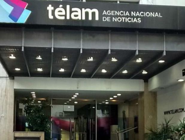¿Qué hay detrás de los despidos a periodistas en Argentina?