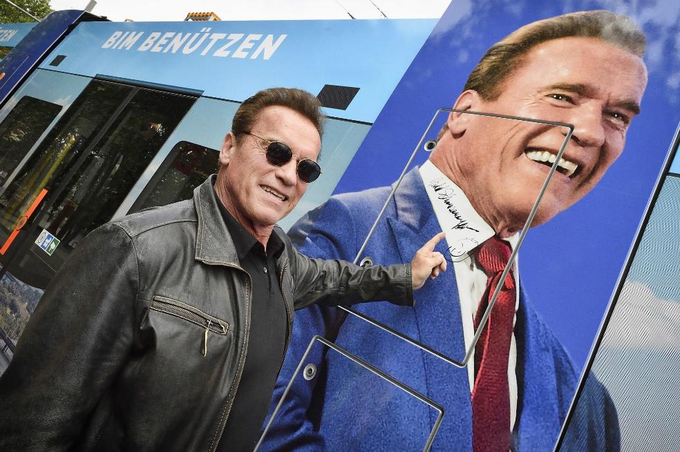 Autógrafo de Arnold Schwarzenegger es subastado por una causa animal (+VIDEO)