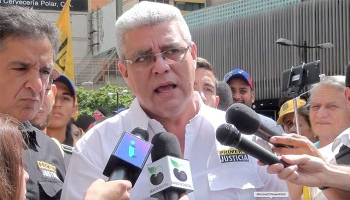 La oposición venezolana se deshoja en pugnas entre fracciones políticas