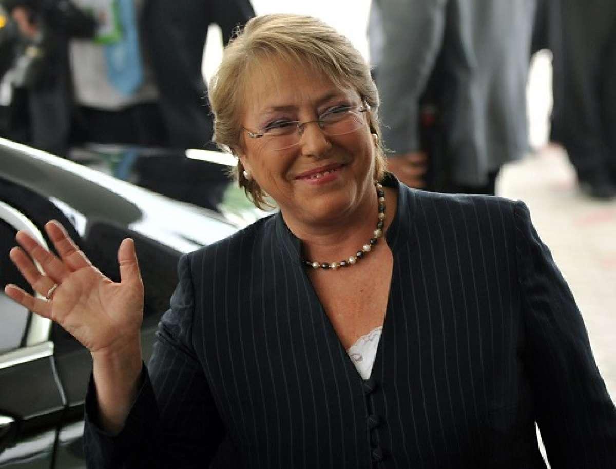 Apuntando a Bachelet: Diputados RN piden a Contraloría que investigue pagos de la Presidencia a defensa de Compagnon