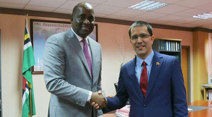 Venezuela y Dominica fortalecen mecanismos de integración regional