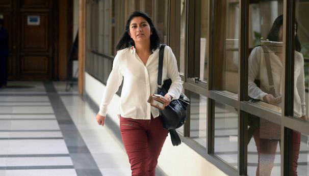 """Camila Rojas: """"Los beneficiados del CAE han sido los bancos y las instituciones que pudieron crecer al alero del crédito"""""""