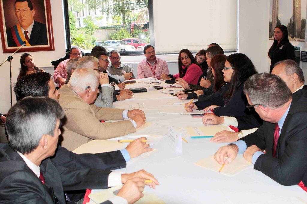 Mesas de turismo buscan mejorar la conectividad del transporte en Venezuela
