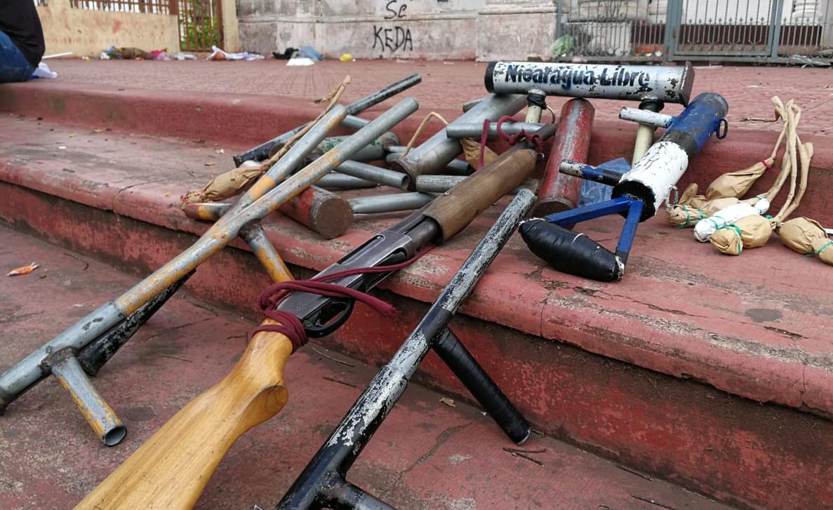 Encuentran armas de fabricación casera dentro de iglesia en Nicaragua