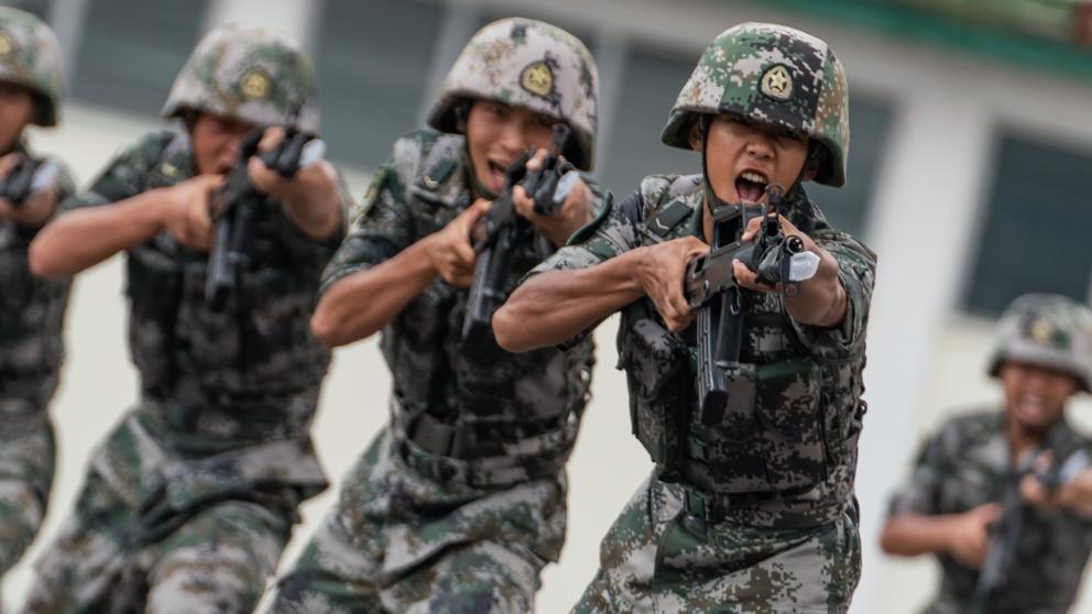 China creó rifle láser que puede matar a un kilómetro de distancia