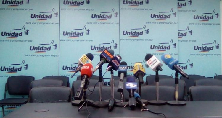 Partido Acción Democrática (AD) se retira de la Mesa de la Unidad Democrática (MUD)