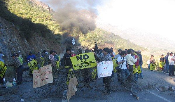 Represión en Los Pelambres: solicitan formalmente renuncia de gobernador del Choapa