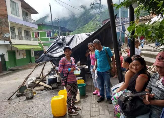 Amenazan a damnificados de Hidroituango con desalojarlos por la fuerza