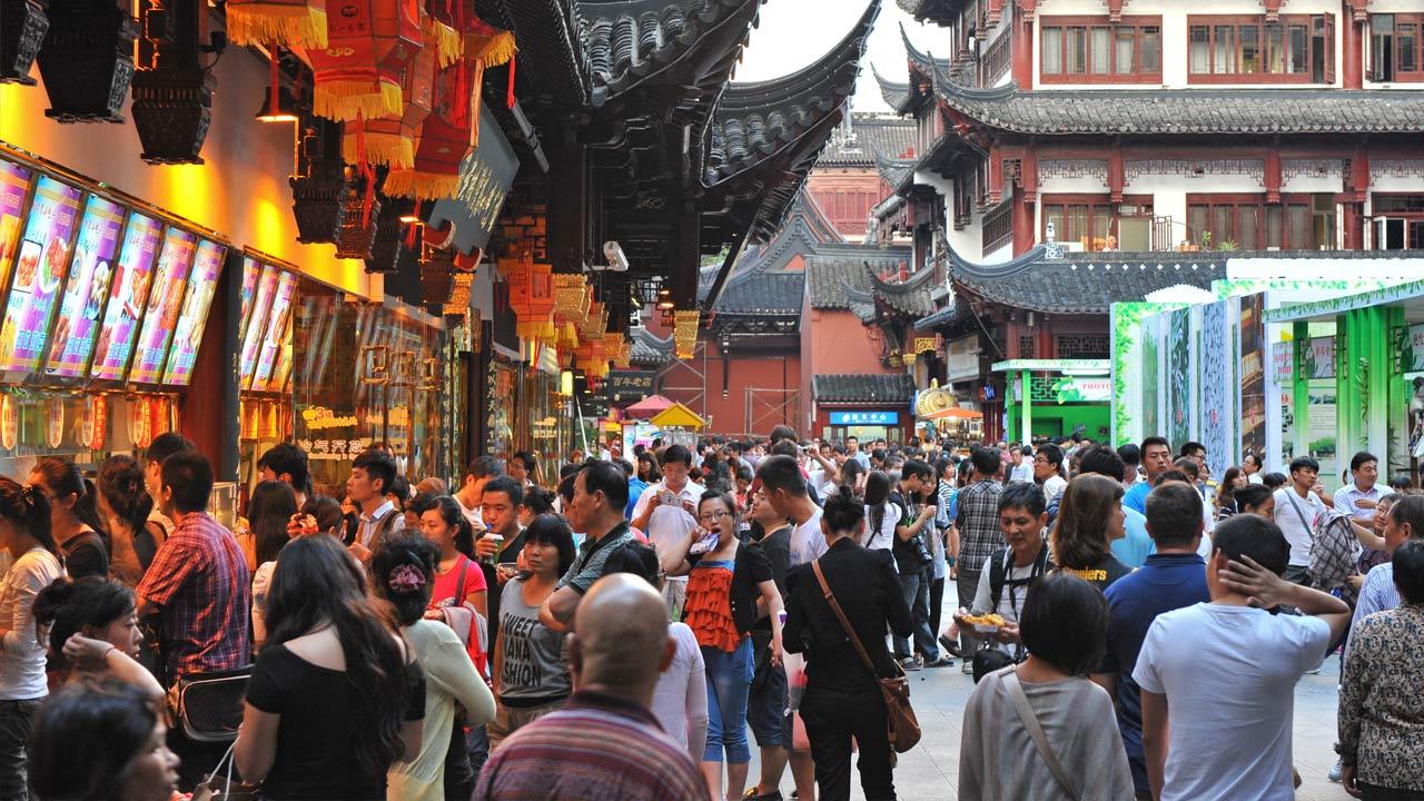 PIB de China creció 6,8 por ciento en primer semestre del año