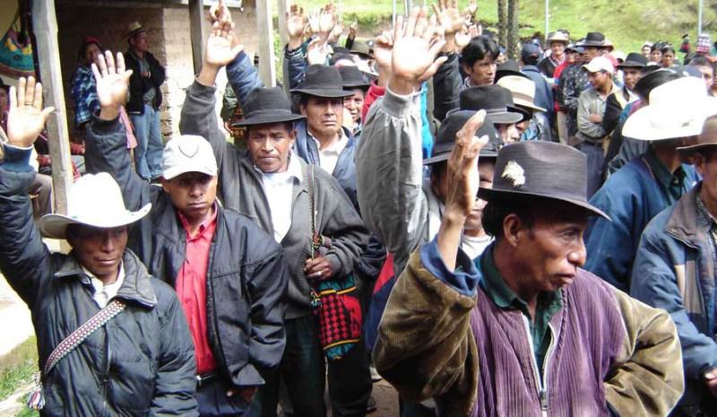 Indígenas de Colombia y Guatemala comparten experiencias del posconflicto armado