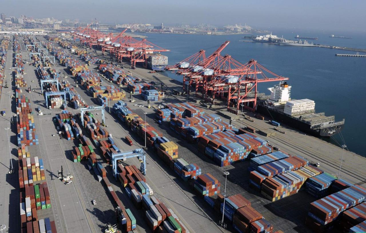 Trump ordena aranceles de 10% a bienes importados de China por $200.000 millones