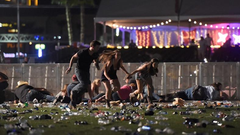 Policía difunde videos de la masacre en Las Vegas y revive el terror