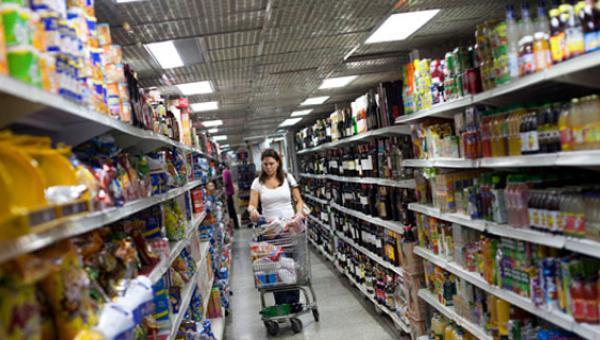 Precios de 15 rubros de primera necesidad ya no estarán fuera de alcance del venezolano