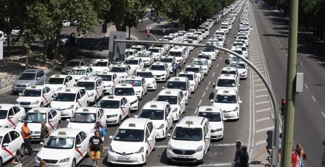 ¡España se queda sin taxis! La huelga se extiende por todo el país