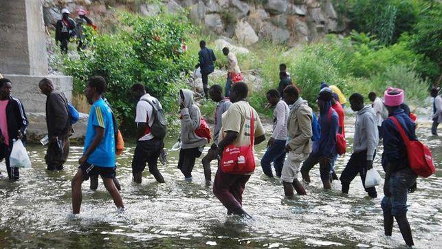 Abusan sexualmente de migrantes en la frontera entre Italia y Francia