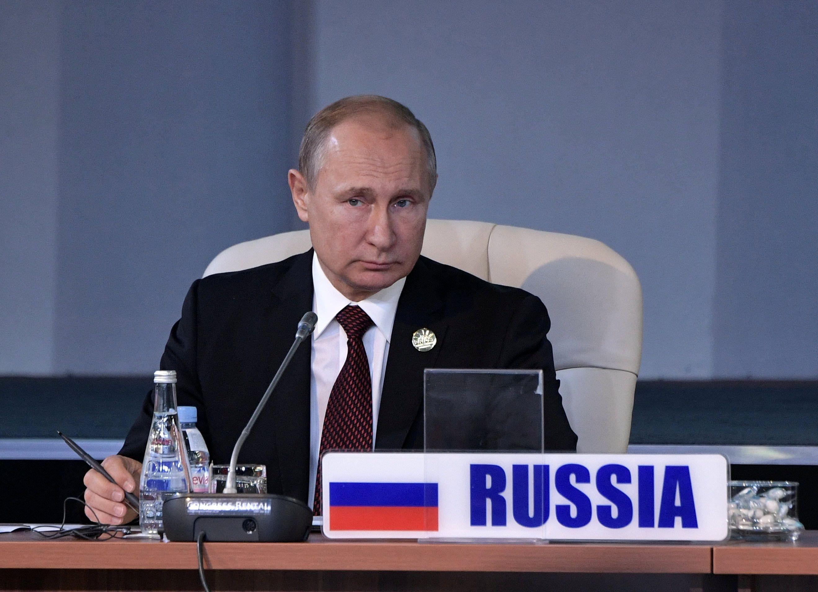 Rusia advierte que EE. UU. comete un grave error al usar el dólar como arma política