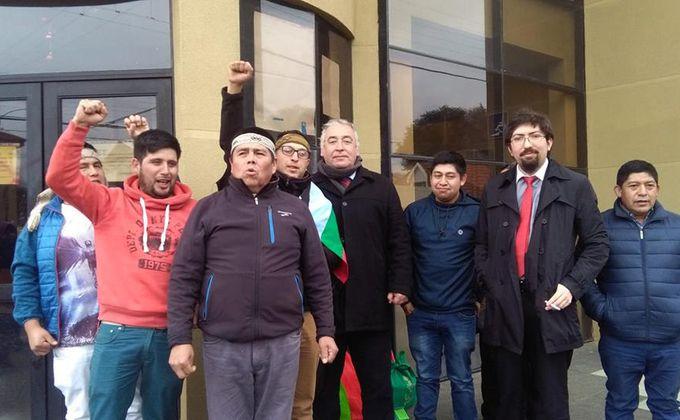 """Se cae otro montaje policial en el sur: Tribunal de Cañete absuelve a 8 comuneros mapuche acusados de """"tener armas"""""""