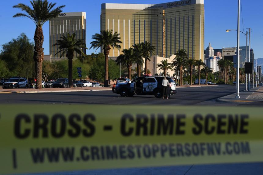 (Video) ¡Impactante! Policía abre fuego contra sujeto que disparó a su jefe en Las Vegas