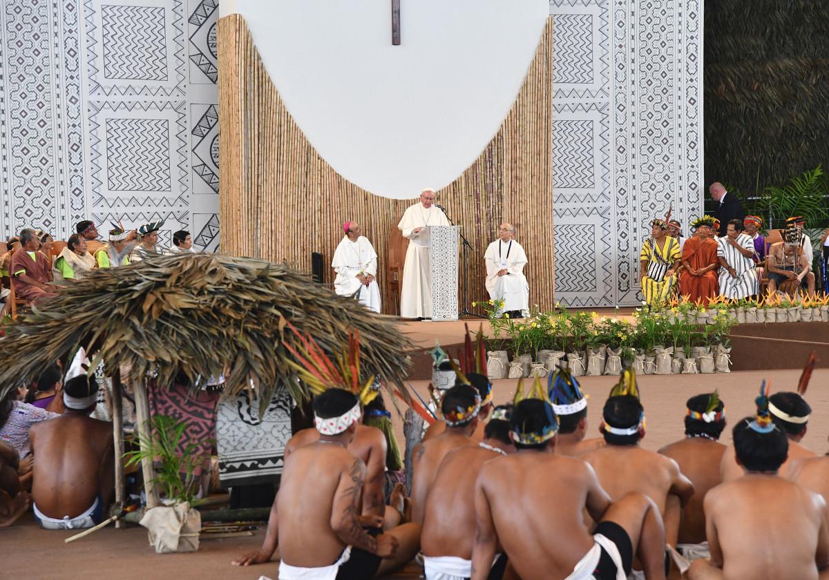 """El Papa ha pedido perdón a pueblos indígenas de América Latina: """"Perdón"""""""