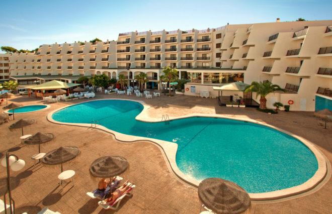 Turista pierde el equilibrio cuando defecaba desde su balcón en un hotel de Magaluf
