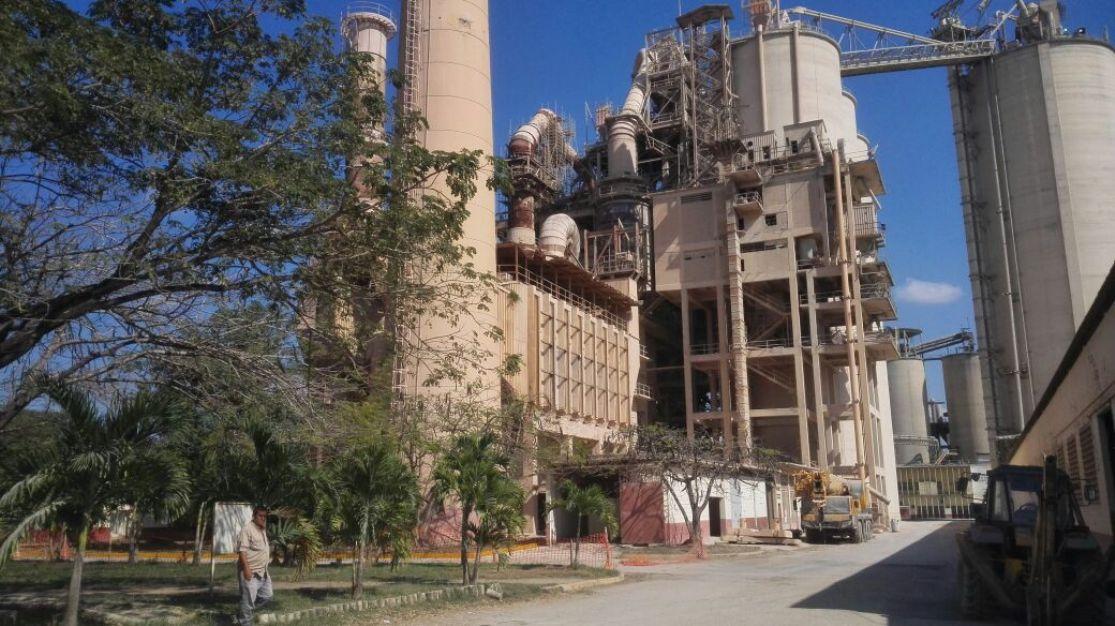 Trabajadores denuncian que industria del cemento en Venezuela está paralizada en un 90%