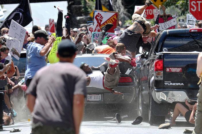 Estado de emergencia en Virgnia para evitar enfrentamientos entre supremacistas y fascistas
