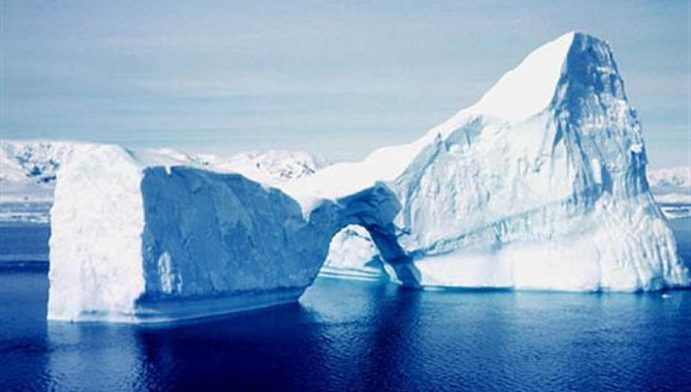 Se produce nueva ruptura sobre el hielo de Groenlandia, el más espeso del Ártico
