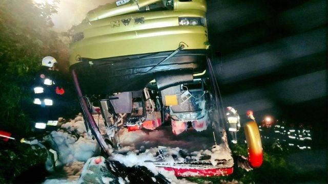 Tres muertos y 51 heridos al volcar en Polonia un autobús con turistas de Ucrania