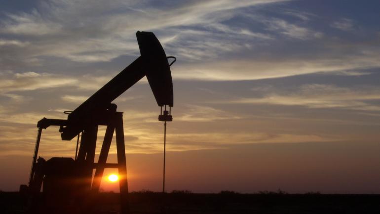 El oro negro puede teñirse de rojo para los fondos de inversión petrolera