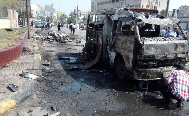(+Fotos) Un carro bomba explota en Egipto