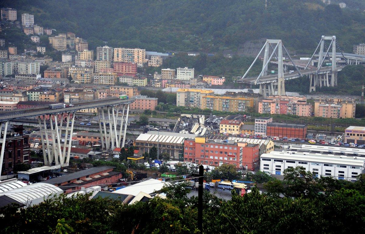 (Videos, fotos) Tragedia en Italia: Más de 30 muertos por desplome del viaducto en Génova