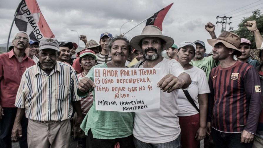Guardia Nacional impide que la Marcha Campesina Admirable llegue al palacio presidencial