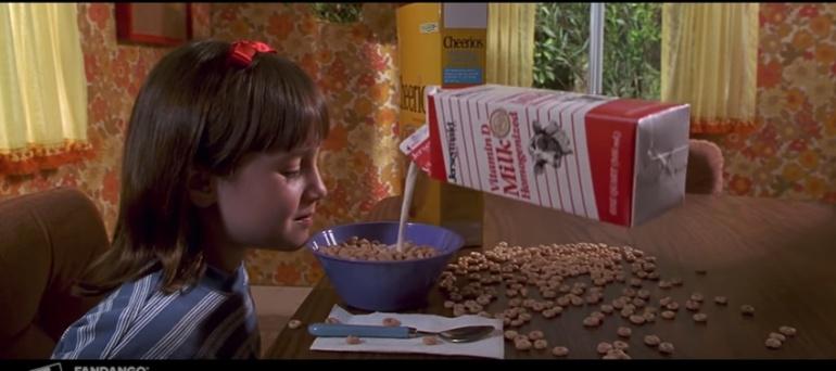 (Videos) El reto «Matilda Challenge» es una terapia de risas