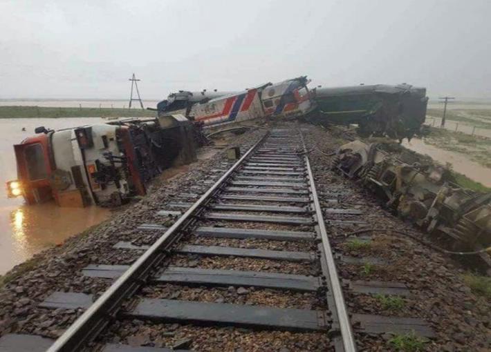 Descarrila tren en Mongolia y deja al menos 9 hospitalizados