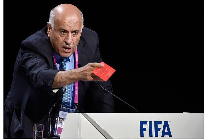 Condenan con una sanción de la FIFA al presidente de la Asociación de Fútbol de Palestina