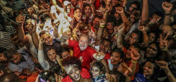 ¡Sin rendirse! El PT registra la candidatura de Lula para las presidenciales en Brasil