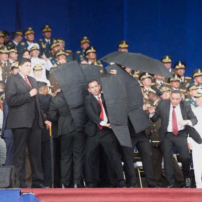 Conoce como funcionan los escudos de Kevlar que protegieron al presidente Nicolas Maduro durante el atentado