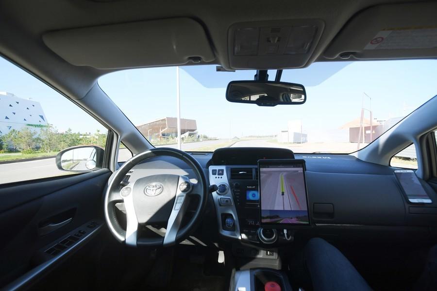 (Videos) El taxi del futuro: Rusia lanza el primer servicio con piloto automático en Europa