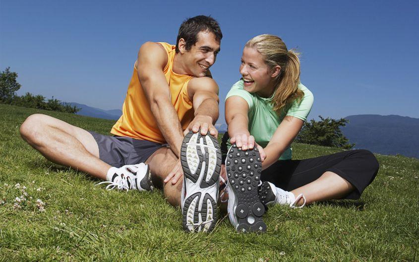 Estudio revela siete deportes que mejorarán la vida sexual de los hombres