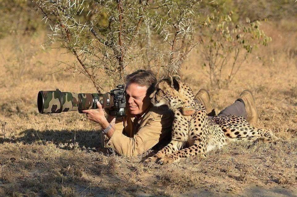 (Fotos) ¡Sorpresa! Diez fotografos fueron descubiertos por los animales en plena faena
