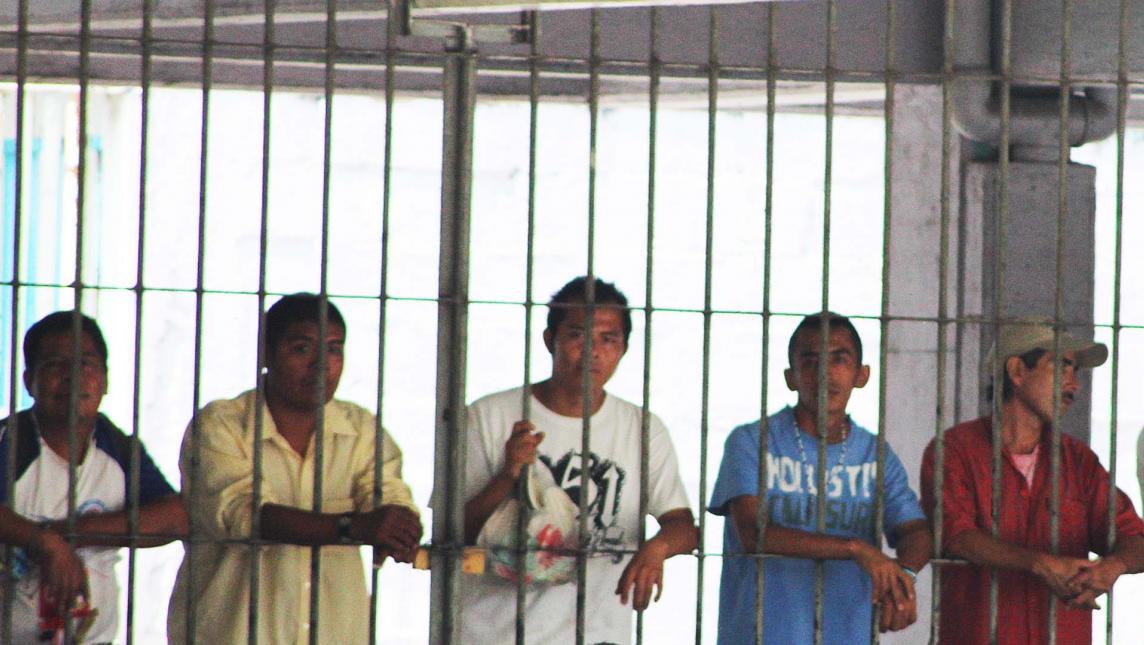 Piden a AMLO incluir en ley de amnistía a 7 mil indígenas presos
