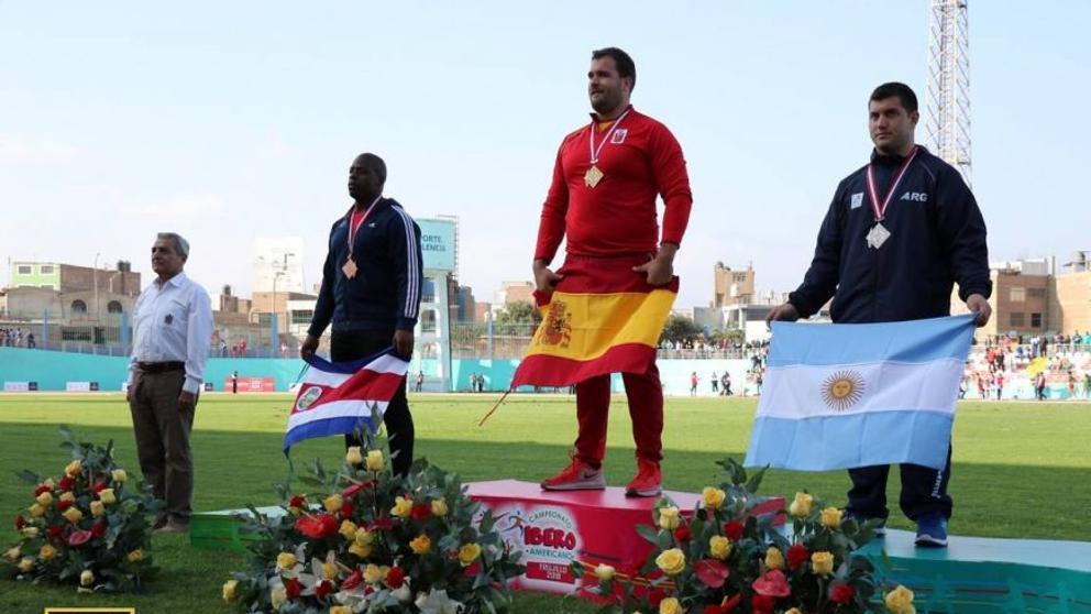 (Video) ¡Escándalo! Sonó por equivocación la versión franquista del himno de España en el Iberoamericano de Atletismo