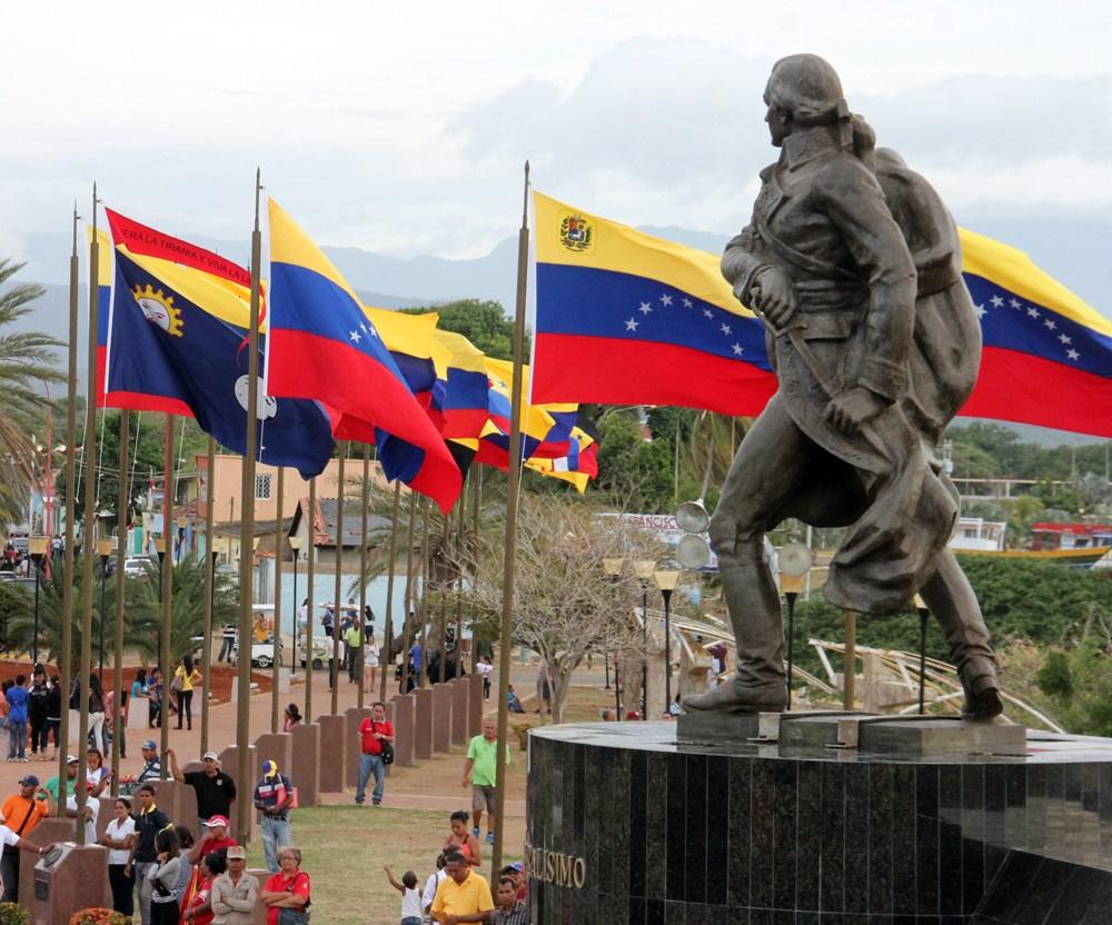 El día que Francisco de Miranda izó por primera vez la bandera tricolor en Venezuela